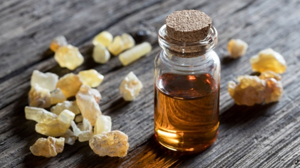 CBD Essential Oil in MendCBD+ Frankincense